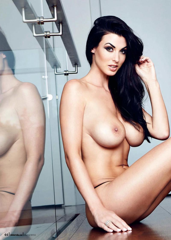 alice-goodwin-topless-photoshoot-for-interviu-spain-magazine-25499b6bcc8b0e-1464x2048