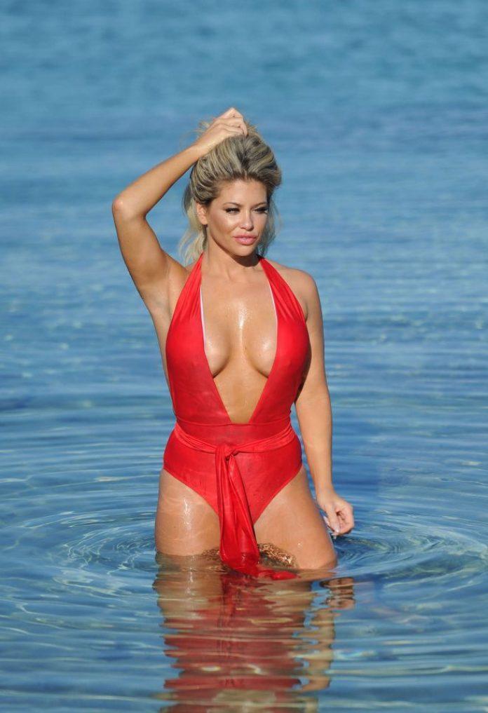 bianca-gascoigne-big-boobs-red-swimsuit-beach-mykonos-kanoni-6