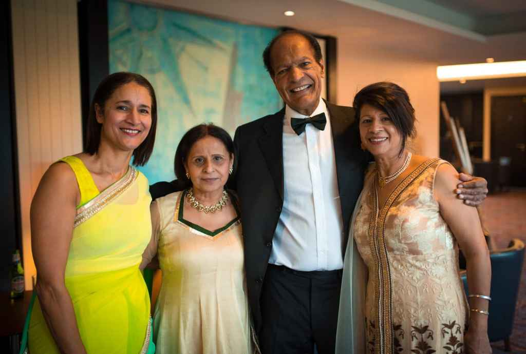 Wedding photography of family members