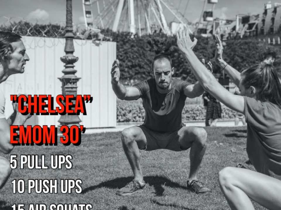 WOD Chelsea push up pull up air squat