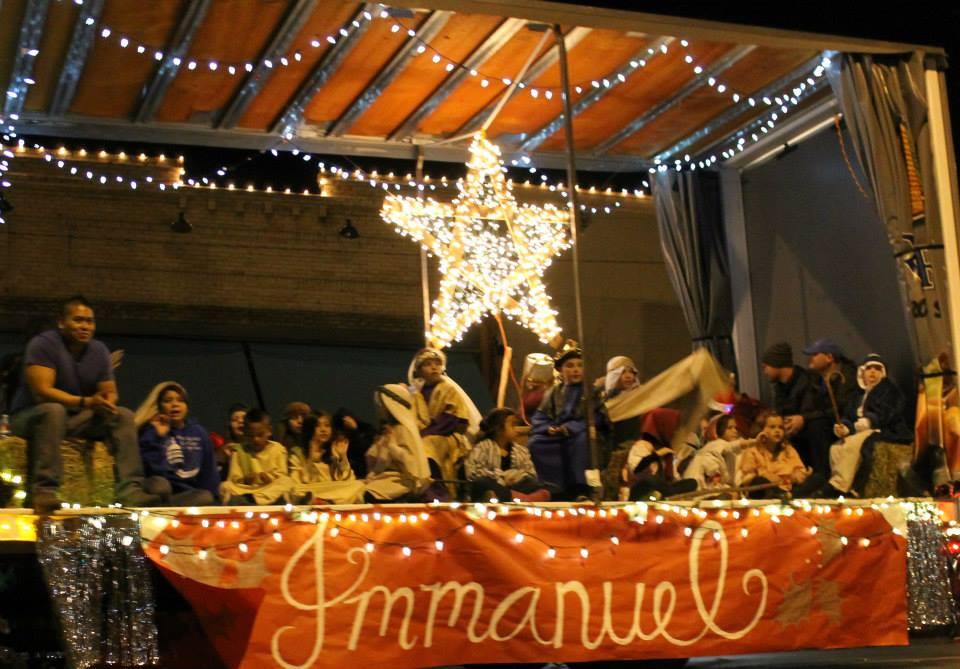 Reedley Christmas Parade 2019 Reedley Christmas Parade 2017 – ReedleyMom.com