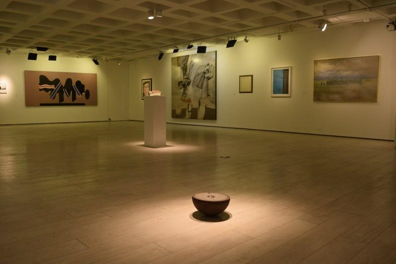 IMG0 Vista general del montaje Sala de exposiciones Colombo
