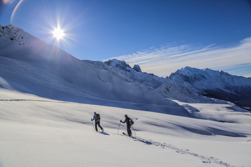 two skiers in Le Tour Chamonix