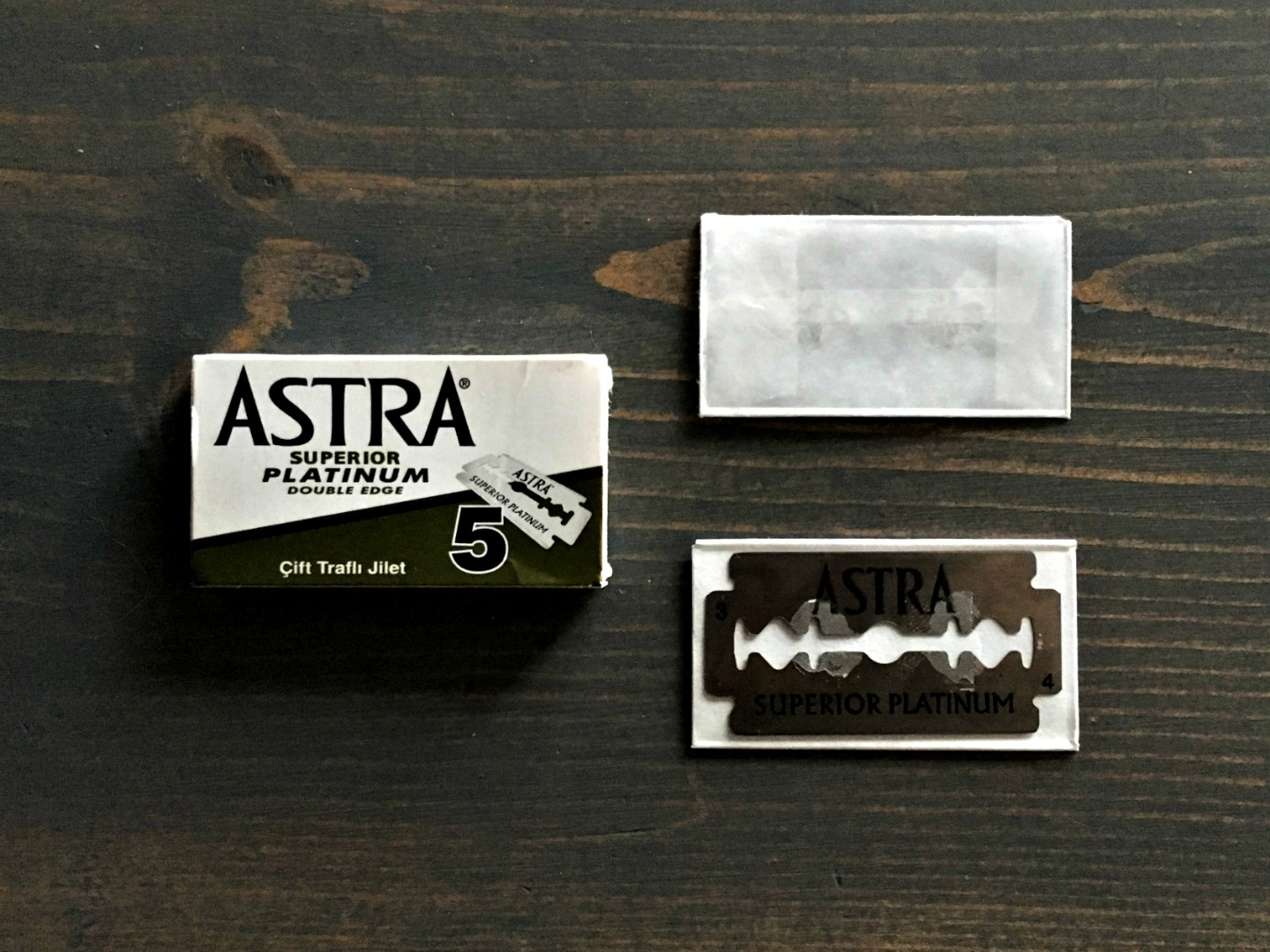 Astra Superior Platinum Razor Blade Review