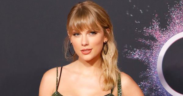 Taylor Swift Is The Bored Girl At The Holiday Party On The Cover Of British Vogue