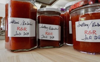 Jordbær-rabarber-marmelade