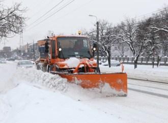 Oficial vine zăpada – drumarii au intrat în alertă