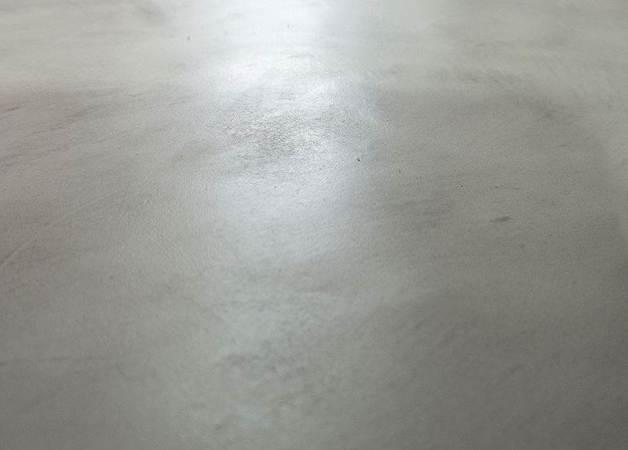 suelo-de-microcemento-salon