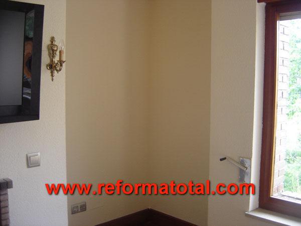 26 05 fotos reparar humedad pared reforma total en madrid empresa de reformas y obras - Presupuesto pintar casa ...