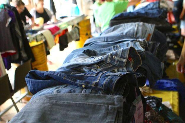 Bestens eingetragene Jeans in Hülle und Fülle