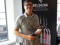 Benjamin »Fetzo« Müller aus Berlin macht Vermouth - Tipp: «dry« für Old-School-Martinis.