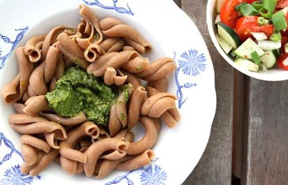Buon appetito: Bärlauch-Haselnuss-Hanföl-Pesto, großartig!