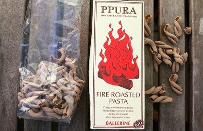 Ideale Pasta für das Pesto: die gerösteten Hartweizennudeln von Ppura