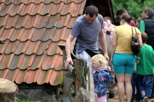 Bestes Wetter am 7. Juni in Hamburg Volksdorf - viele Familien waren mit 3 Generationen vertreten