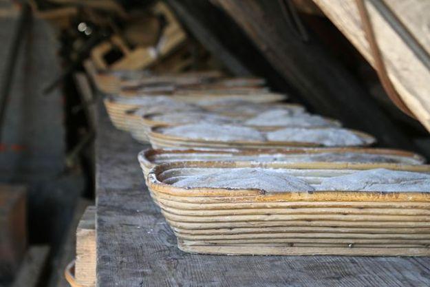 Diese Brote - Museumsbrot genannt – warten auf die richtige Temperatur von ca. 250°C