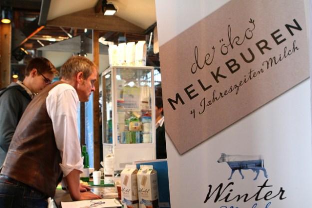 Berühmt für Milch, die nach Jahreszeiten schmeckt: de Öko Melburen