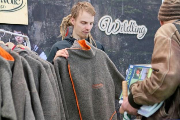 Nordwolle aus Rügen folgt dem Konzept der Ko-Evolution und hebt Schurwolle-Mode auf die nächste stylische Stufe