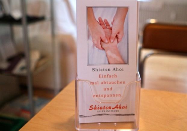 Flyer von Isabel Vogeler, die in HH als Shiatsu-Praktikerin arbeitet
