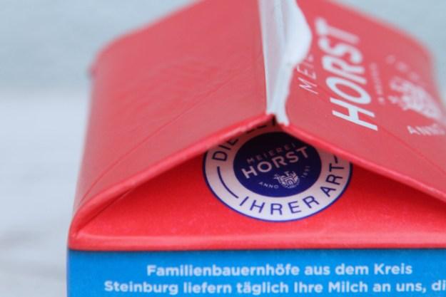 Tagesfrische Sahne vom Traditionsbetrieb Meierei Horst, gegründet anno 1891