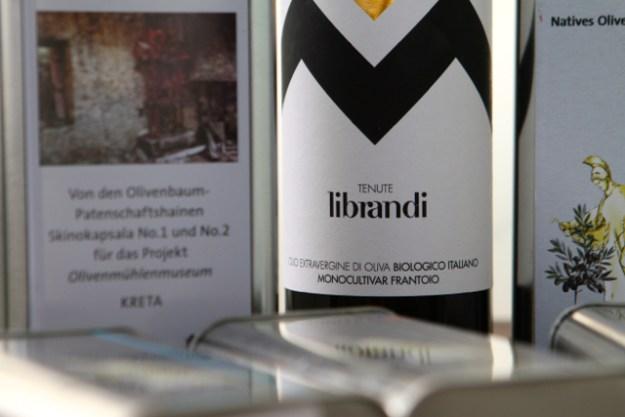 Exquisites Olivenoel der Geschwister Librandi - aus Bio-Anbau und sortenrein aus Frantoio Oliven
