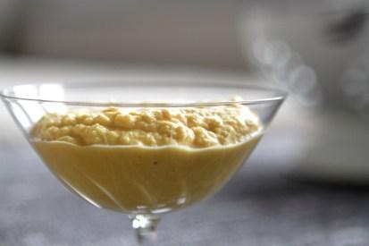 Lupinenjoghurt - gut pürieren, damit er sahnig wird