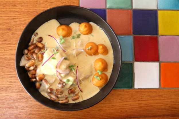 Cevice Lubia von Loup de Mer mit Süsskartoffelpüree von Cantina Popular