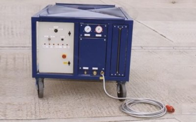 Portable, industrial refrigerant recovery unit for cooling plant