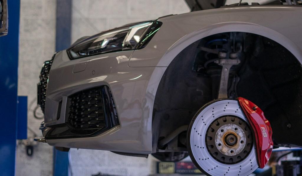 Audi-service-5