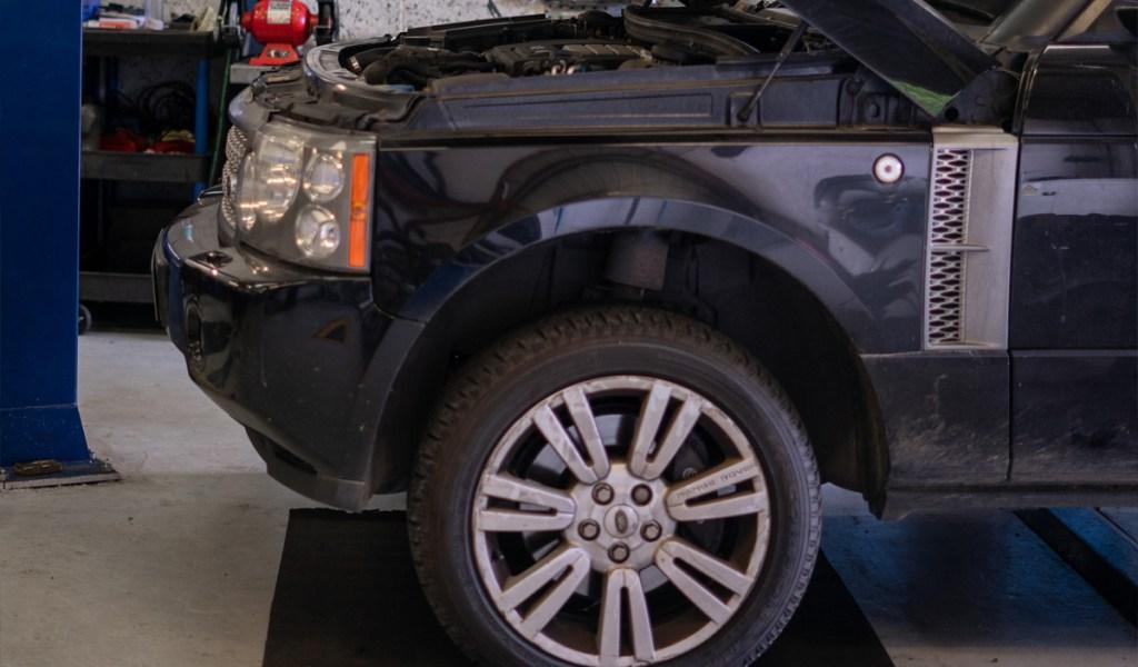 Range-Rover-service-1