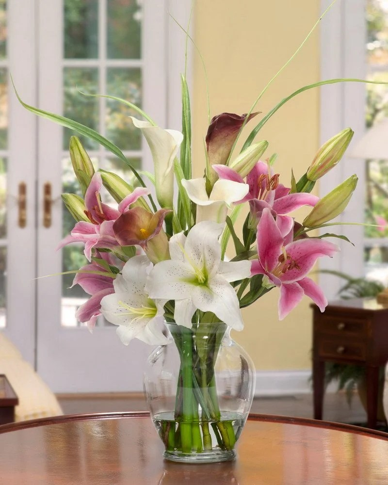 Centerpiece 107 Open White Pink Lily And Cally Lilies More