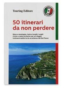 libro con itinerari turistici