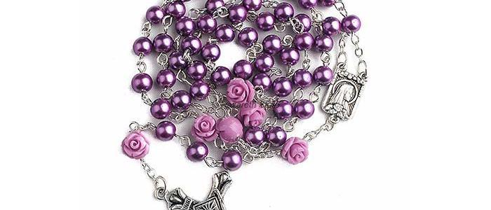 corona del rosario con perle viola