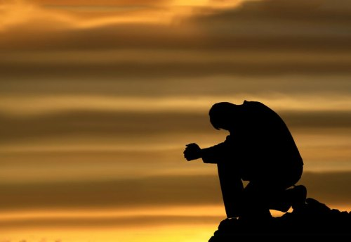 umiliamoci dinanzi a dio e trasformiamo gli errori in virtù