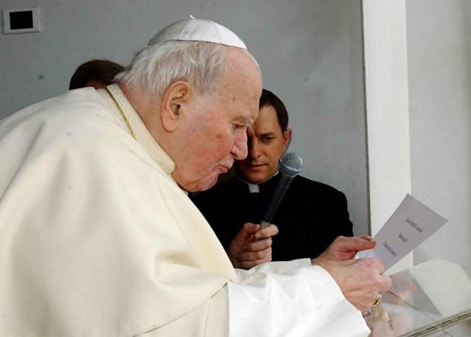 Guarita dal Parkinson per intercessione di Giovanni Paolo II