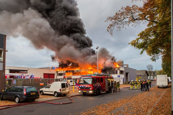Grote brand Hilversum_04nov2015_2051