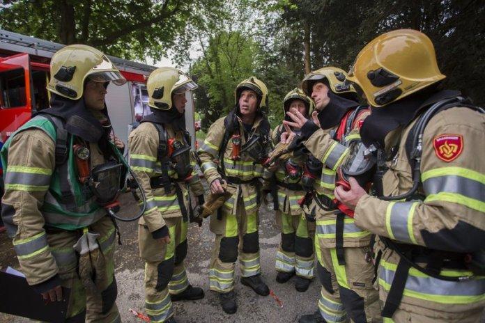10mei2016_Brandweer oefening Vreelandseweg Hilversum_6557