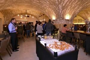 Zur Eröffnung gab's auch leckere Meeresfrüchte.-Foto:D.G.