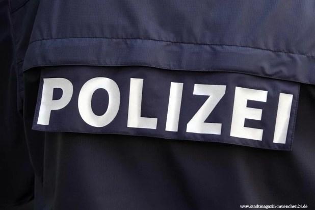 Polizei Bayern Uniform blau