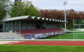 Die Memminger Arena. Foto: Thomas Mirtsch (Quelle Wikipedia, CC BY-SA 3.0)