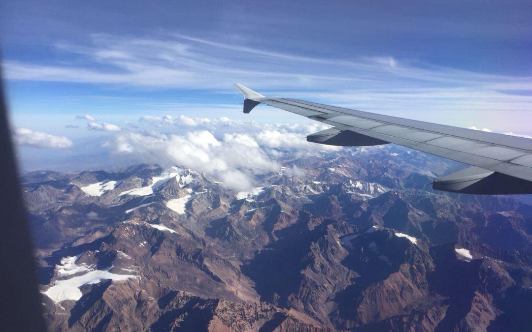 Comienzan los diálogos para recuperar vuelos directos San Juan-Chile