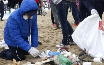 Ensuciar la playa en Chile tiene su castigo