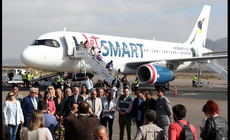 Iniciaron los vuelos directos entre La Serena y Argentina