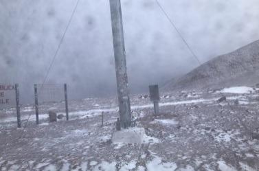 Paso Agua Negra se mantiene cerrado por temporal en alta montaña