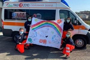 Coronavirus volontari Anpas ambulanza e messaggio andrà tutto bene