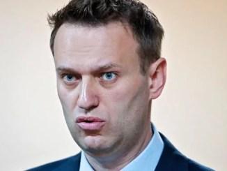 С прошедшим: суд «скостил» Алексею Навальному 5 суток