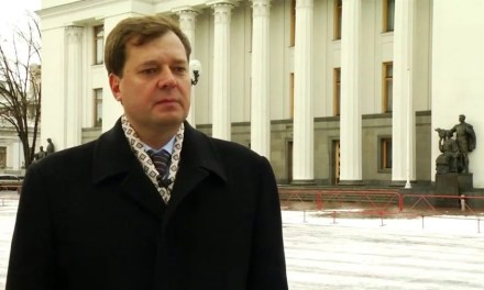 <strong>Народний депутат побивається за російським командиром, називаючи його найкращим другом</strong>