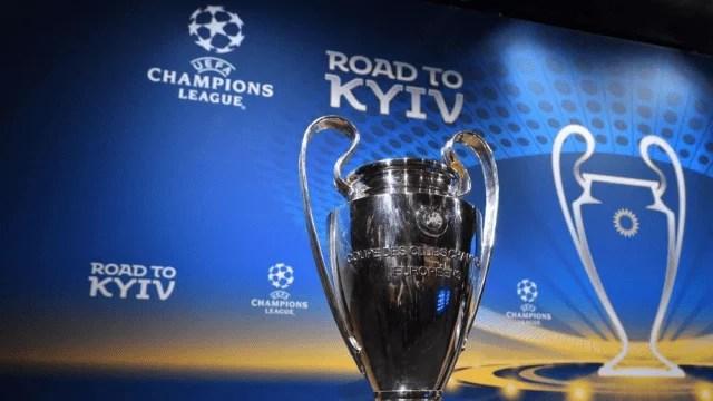 Кубок Ліги чемпіонів УЄФА прибув до Києва: попереду турне Україною
