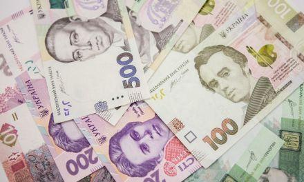 Порошенко:зростання мінімальної зарплати до 4,2 тисяч гривень не є межею