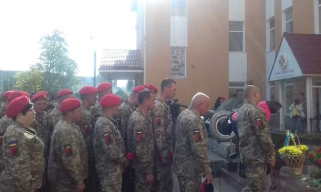 У Запоріжжі відкрили пам'ятник воїнам-артилеристам – фото