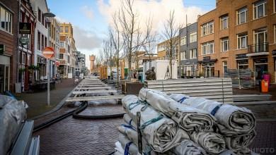 Photo of Opbouw ijsbaan Beatrixstraat van start